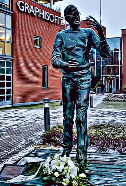Estatua de Steve Jobs.jpeg